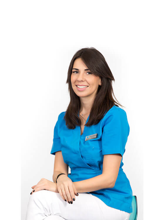 Dr.-Flavia-Besliu-medic-dentist