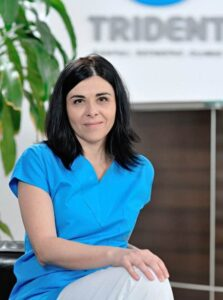 Doctor Mihaela Radulescu - medic specialist chirurgie maxilo-faciala la Clinica Trident in Bucuresti