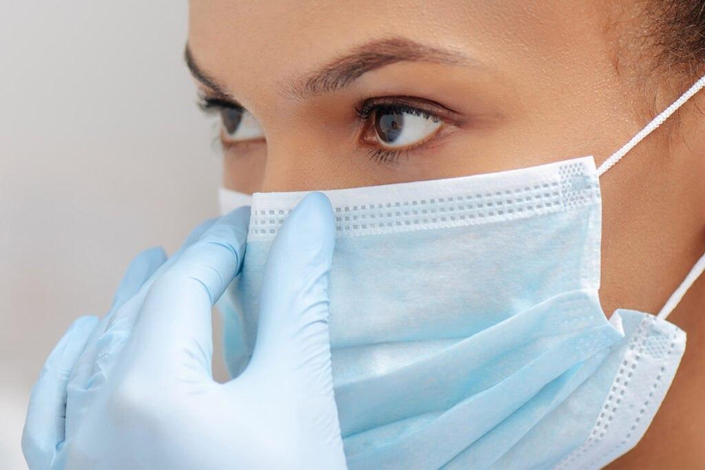 medic masca coronavirus